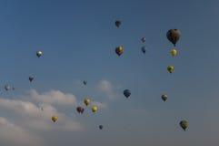 Το Σεπτέμβριο του 2014, warstein, Γερμανία, μπαλόνια ζεστού αέρα στον ουρανό στοκ φωτογραφίες