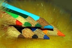 Το σημείο των μολυβιών χρώματος Στοκ φωτογραφία με δικαίωμα ελεύθερης χρήσης