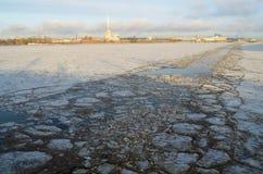 Το σκάφος έσπασε τον πάγο Στοκ Φωτογραφίες