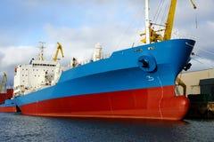Το σκάφος φορτίου Στοκ φωτογραφίες με δικαίωμα ελεύθερης χρήσης