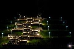 Το σκαλοπάτι νύχτας ανάβει τους ανθρώπους Στοκ Εικόνες
