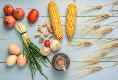 Το σκόρδο κρεμμυδιών ανθίζει τα αυγά Στοκ εικόνα με δικαίωμα ελεύθερης χρήσης