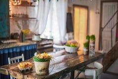 Το σοφίτα-σπίτι είναι διακοσμημένο για Πάσχα Σπίτι ντεκόρ Πάσχας Στοκ Φωτογραφίες