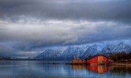 το σπίτι βλέπει Στοκ εικόνα με δικαίωμα ελεύθερης χρήσης