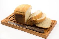 το σπίτι ψωμιού τεμάχισε το λευκό Στοκ φωτογραφία με δικαίωμα ελεύθερης χρήσης