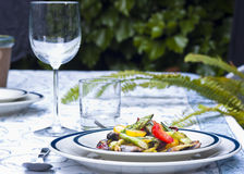 Το σπαράγγι και η ντομάτα ανακατώνουν τα τηγανητά στοκ φωτογραφίες με δικαίωμα ελεύθερης χρήσης