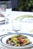 Το σπαράγγι και η ντομάτα ανακατώνουν τα τηγανητά στοκ εικόνες