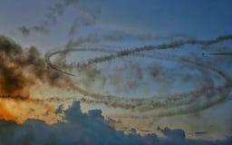 Το στρατιωτικό αεροπλάνο πολεμικό τζετ στο διεθνή αέρα του Βουκουρεστι'ου παρουσιάζει ΔΙΑΓΩΝΙΩΣ 2018 στοκ εικόνες