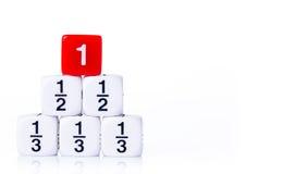 Το συσσωρευμένο μέρος χωρίζει σε τετράγωνα στο άσπρο υπόβαθρο Στοκ φωτογραφία με δικαίωμα ελεύθερης χρήσης
