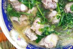 Το συστατικό σούπας είναι κομματιασμένο χοιρινό κρέας Στοκ φωτογραφία με δικαίωμα ελεύθερης χρήσης