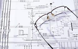 Το σχέδιο οικοδόμησης, γυαλιά Στοκ εικόνες με δικαίωμα ελεύθερης χρήσης