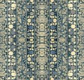 Το σχέδιο λωρίδων με τη floral διακόσμηση Στοκ εικόνα με δικαίωμα ελεύθερης χρήσης