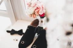 Το σύνολο επανδρώνει τα παπούτσια και τα εξαρτήματα μόδας Στοκ εικόνες με δικαίωμα ελεύθερης χρήσης