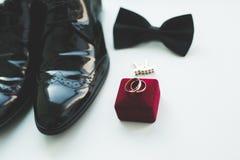Το σύνολο επανδρώνει τα παπούτσια και τα εξαρτήματα μόδας Στοκ φωτογραφία με δικαίωμα ελεύθερης χρήσης