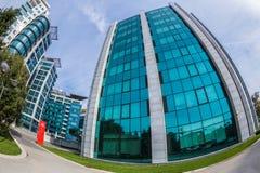 Το σύνολο κτιρίων γραφείων που βρίσκεται σε ένα νέο εμπορικό κέντρο είναι Στοκ εικόνα με δικαίωμα ελεύθερης χρήσης