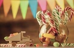 Το σύνολο της γλυκιάς καραμέλας Γλυκά για τα Χριστούγεννα Ασβέστιο χαιρετισμού Στοκ φωτογραφία με δικαίωμα ελεύθερης χρήσης