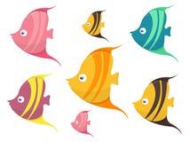 Το σύνολο χαριτωμένων χρωματισμένων κινούμενων σχεδίων αλιεύει τη διανυσματική απεικόνιση διανυσματική απεικόνιση