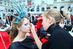 το σώμα τέχνης κάνει visagiste τις ν&eps Στοκ φωτογραφία με δικαίωμα ελεύθερης χρήσης