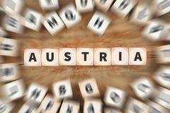 Το ταξίδι χωρών της Αυστρίας που ταξιδεύει χωρίζει σε τετράγωνα την επιχειρησιακή έννοια Στοκ εικόνα με δικαίωμα ελεύθερης χρήσης