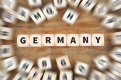 Το ταξίδι χωρών της Γερμανίας που ταξιδεύει χωρίζει σε τετράγωνα την επιχειρησιακή έννοια Στοκ Εικόνες
