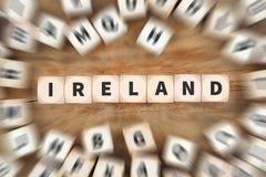 Το ταξίδι χωρών της Ιρλανδίας που ταξιδεύει χωρίζει σε τετράγωνα την επιχειρησιακή έννοια Στοκ φωτογραφίες με δικαίωμα ελεύθερης χρήσης