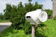 Το ταχυδρομικό κουτί από το γάλα μπορεί Στοκ φωτογραφίες με δικαίωμα ελεύθερης χρήσης