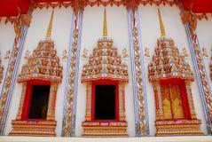 Το ταϊλανδικοί architechture και Ταϊλανδός στο ναό Στοκ Φωτογραφία