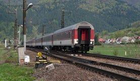 Το τελευταίο βαγόνι εμπορευμάτων Σλοβάκικοι σιδηρόδρομοι Στοκ Φωτογραφία