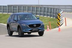 Το τεστ δοκιμής της δεύτερης γενιάς η Mazda CX-5 διασταύρωση SUV Στοκ Εικόνες