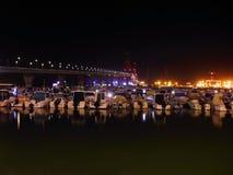 Το τοπίο νύχτας του Λα Constitucià ³ ν γεφυρών, κάλεσε το Λα Pepa, στο Καντίζ, Ανδαλουσία Στοκ Φωτογραφίες