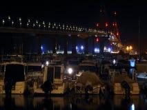 Το τοπίο νύχτας του Λα Constitucià ³ ν γεφυρών, κάλεσε το Λα Pepa, στο Καντίζ, Ανδαλουσία Στοκ Εικόνα