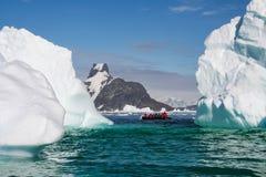 Το τοπίο της ακτής της Ανταρκτικής στοκ εικόνα με δικαίωμα ελεύθερης χρήσης
