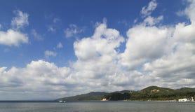 Το τοπίο του κόλπου Anilao Στοκ Εικόνες