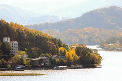 Το τοπίο φθινοπώρου βουνών Στοκ εικόνες με δικαίωμα ελεύθερης χρήσης