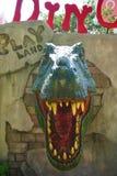 Το τουριστικό αξιοθέατο ορόσημων οικοδόμησης venezia παρουσιάζει δεινόσαυρο για τα παιδιά στο playland σε Huahin, Ταϊλάνδη Στοκ φωτογραφία με δικαίωμα ελεύθερης χρήσης