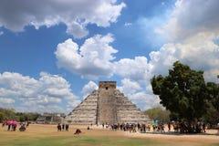 το το 2007 συλλήφθείτ castillo το itza Μεξικό EL πρώτος που ένα φως του ήλιου ακτίνων αναρωτιέται τον κόσμο yucatan Στοκ Εικόνα