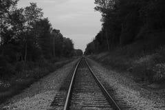 Το τραίνο ακολουθεί γραπτό Στοκ Φωτογραφία