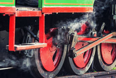 Το τραίνο ατμού κυλά τη λεπτομέρεια Στοκ Φωτογραφία