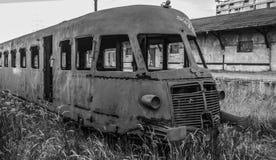 Το τραίνο ραδιενεργόυ τέφρας στοκ φωτογραφία