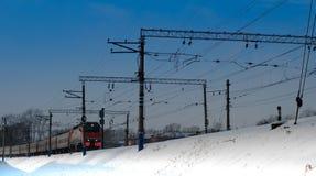 Το τραίνο φθάνει Στοκ Φωτογραφίες