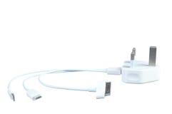 Το τριπλό καλώδιο τηλεφωνικής χρέωσης usb με το βούλωμα ηλεκτρικής ενέργειας απομονώνει Στοκ εικόνες με δικαίωμα ελεύθερης χρήσης