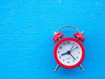 το τρισδιάστατο ρολόι γεια δίνει το χρόνο διάλυσης Στοκ Φωτογραφία