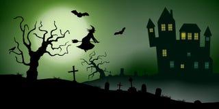 Το τρομακτικό διάνυσμα το τοπίο με ένα συχνασμένο σπίτι, ένα νεκροταφείο, μια μάγισσα και πετώντας ρόπαλα στη πανσέληνο διανυσματική απεικόνιση