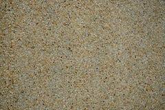 Το τσιμέντο ανάμιξε το μικρό τοίχο πετρών αμμοχάλικου στοκ εικόνα με δικαίωμα ελεύθερης χρήσης