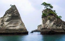Το τσουνάμι χώρισε το νησί σε 2 Στοκ Φωτογραφίες