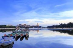 Το λυκόφως λιμνών Longzhouchi, περιοχή jimei, η πόλη, Κίνα Στοκ φωτογραφίες με δικαίωμα ελεύθερης χρήσης