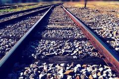 Το υπόβαθρο συνδέσεων σιδηροδρόμων και κινήσεων ταχύτητας (αναδρομικό ύφος) Στοκ φωτογραφία με δικαίωμα ελεύθερης χρήσης