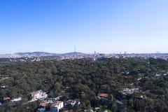 Το υψηλότερο σημείο στην αναθεώρηση της Ιστανμπούλ του Hill Camlica με τον κηφήνα Στοκ Εικόνες