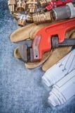 Το υλικό υδραυλικών ορείχαλκου σχεδίων κατασκευής γαλλικών κλειδιών πιθήκων προστατεύει Στοκ Φωτογραφίες