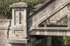Το φασιστικό σύμβολο ήταν σε μια παλαιά γέφυρα στοκ εικόνα